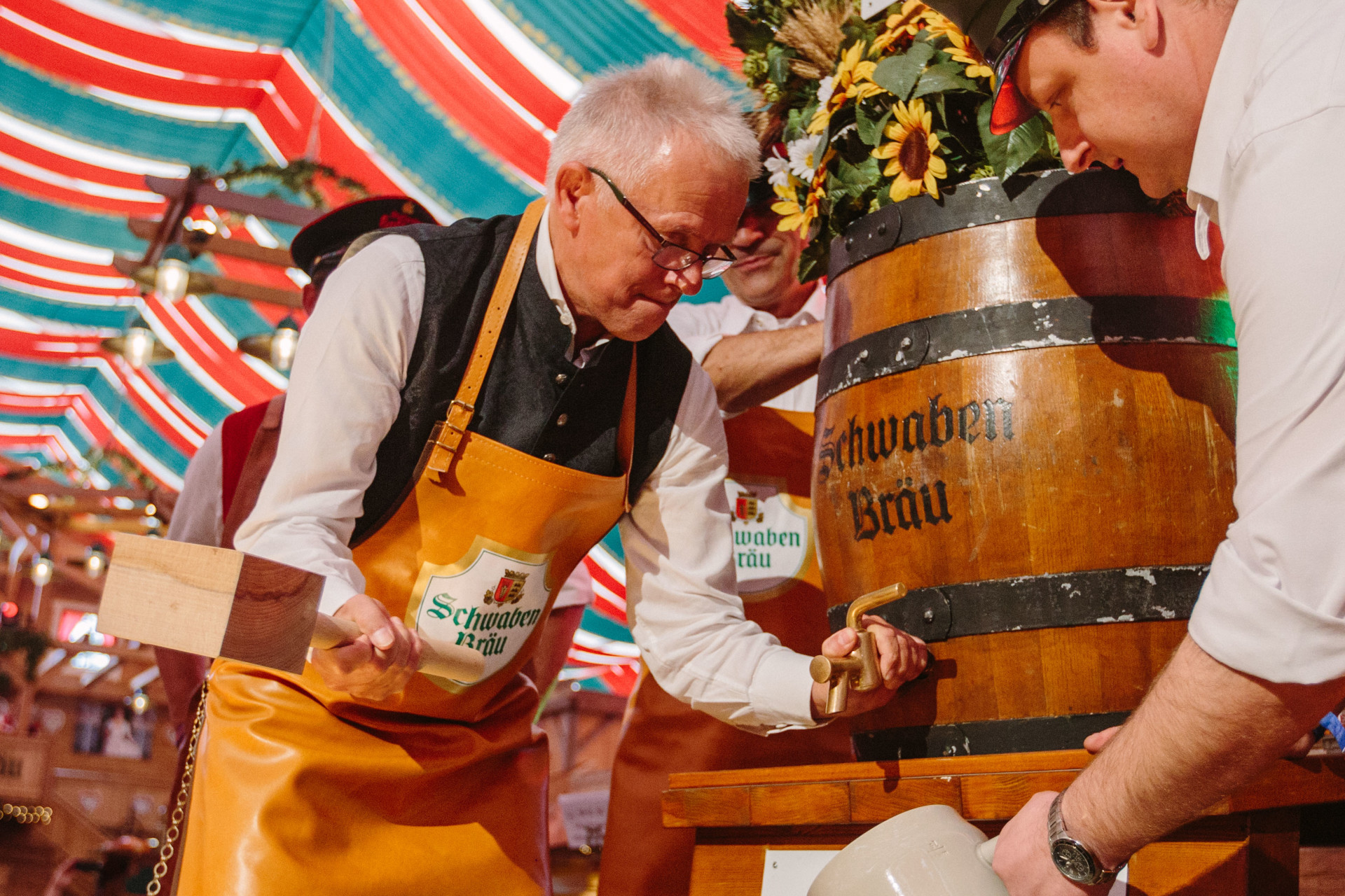 OB Fritz Kuhn , Fassanstich Cannstatter Volksfest